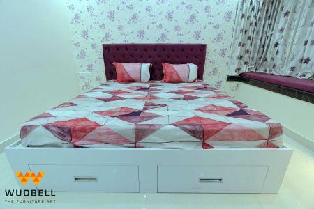 Exquisite storage-friendly bed