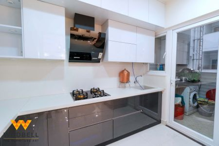 Highly efficient and functional minimalist kitchen units