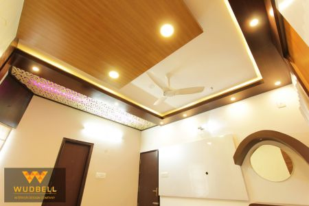 Master Bedroom with Venner false ceiling with cove light