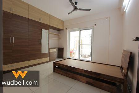 Simple-yet-luxurious bedroom Interiors.